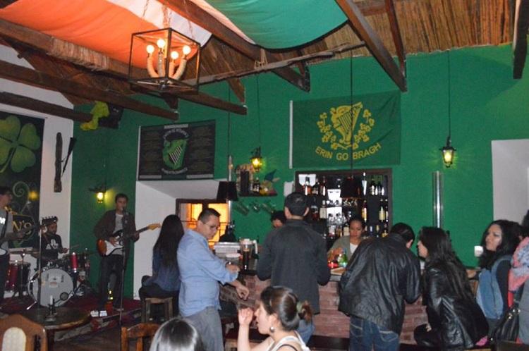 O'Finnigans irish pub sucre bolivia 4